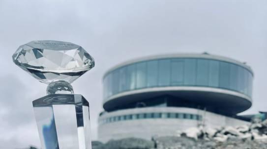 Инвестиционный проект панорамного ресторана в Мурманской области признан победителем в номинации «Лучшая концепция питания на горнолыжном курорте».